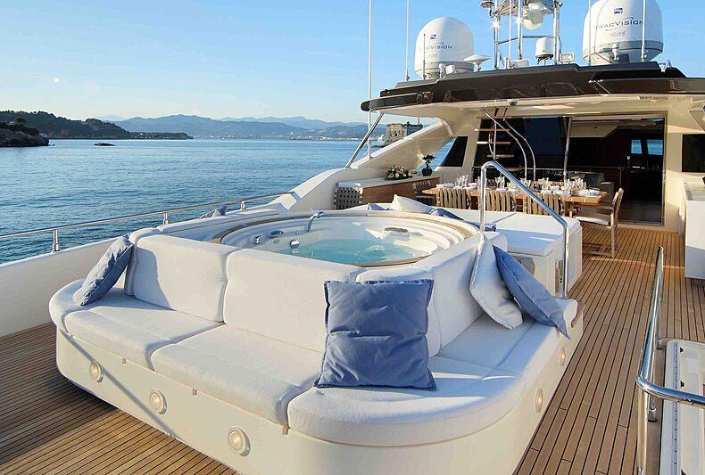 Lady Dia yacht sundeck