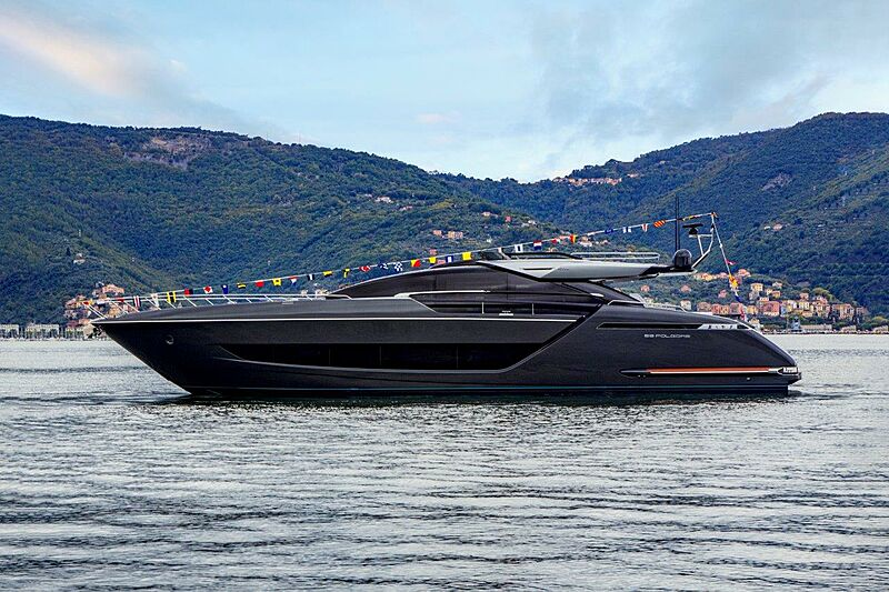 Riva Folgore 88/02 yacht launch in La Spezia