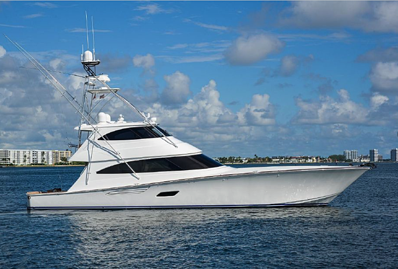 Live Oak One yacht anchored