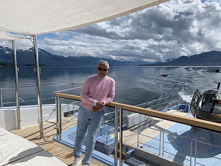 Ocean Dreamwalker III yacht owner