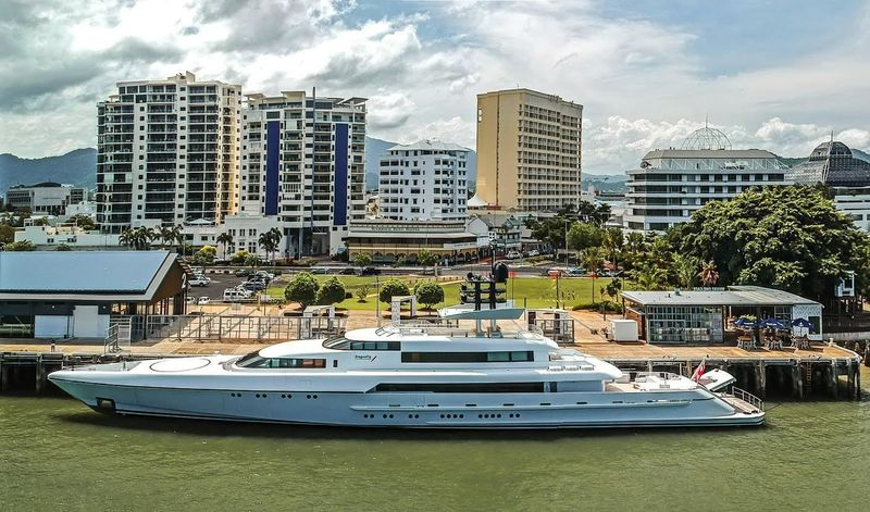 The 73m superyacht Dragonfly in Cairns