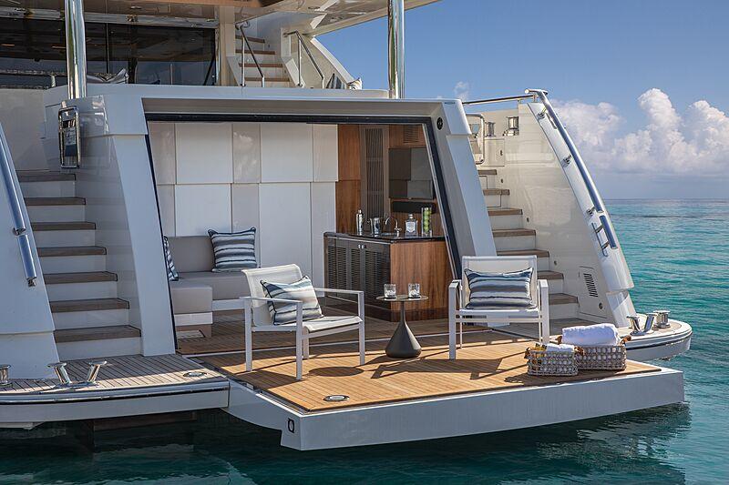 Eileen's Way yacht beach club