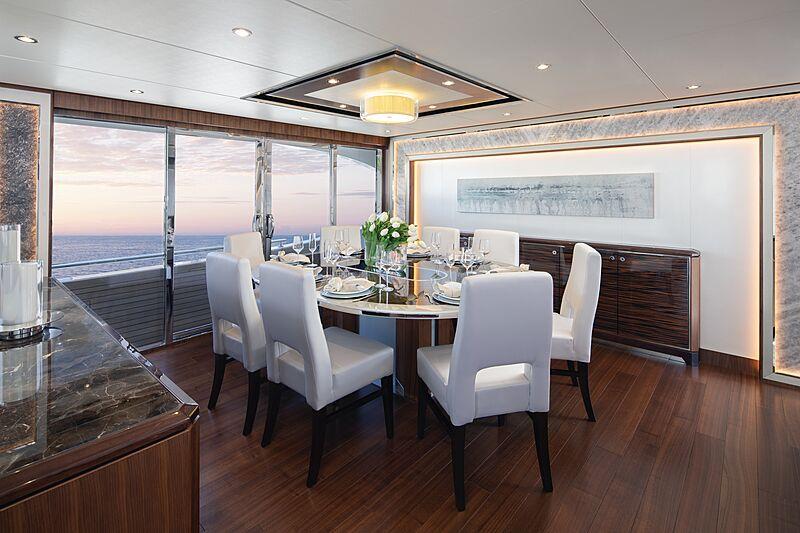 Eileen's Way yacht dining