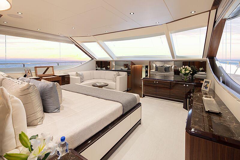 Eileen's Way yacht master stateroom