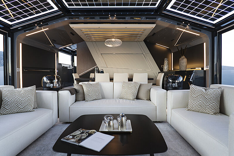 Arcadia A85 Hull 18 yacht saloon