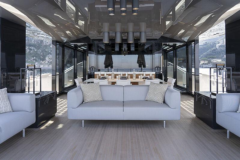 Arcadia A85 Hull 18 yacht deck