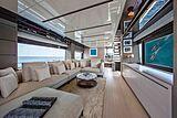 Balance yacht saloon
