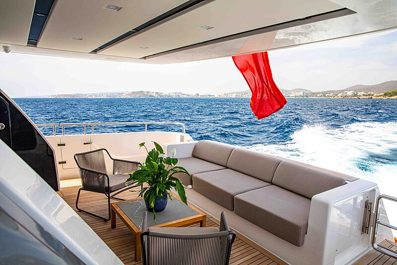 Balance yacht aft deck