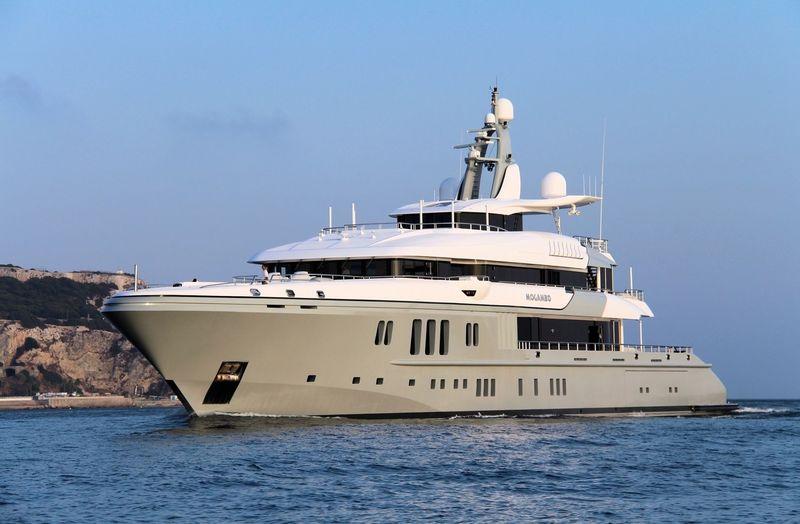 Mogambo arriving in Gibraltar