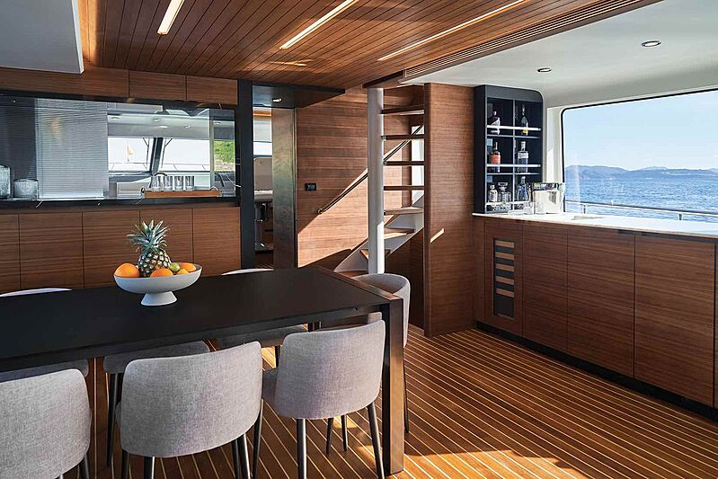 Cheoy Lee CLB88 yacht dining