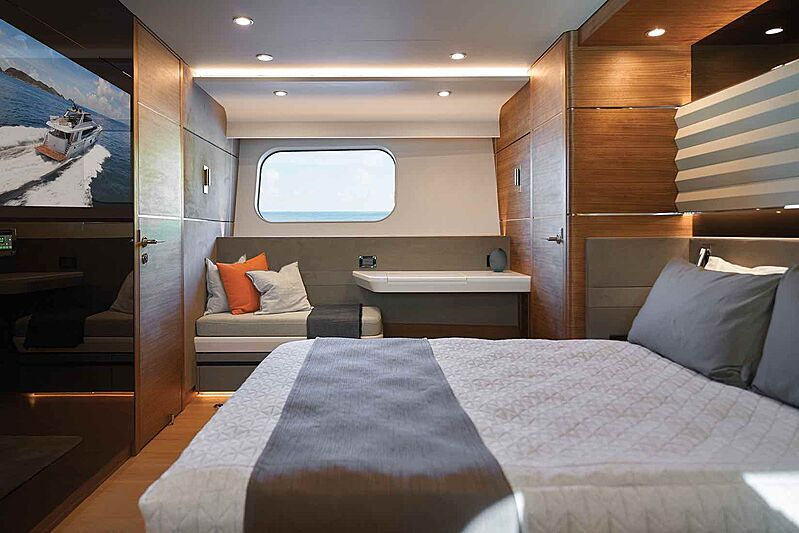 Cheoy Lee CLB88 yacht stateroom