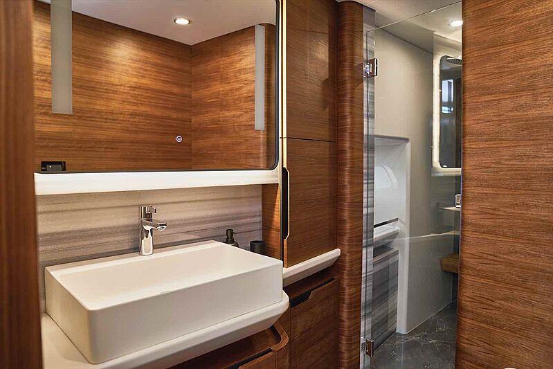 Cheoy Lee CLB88 yacht bathroom