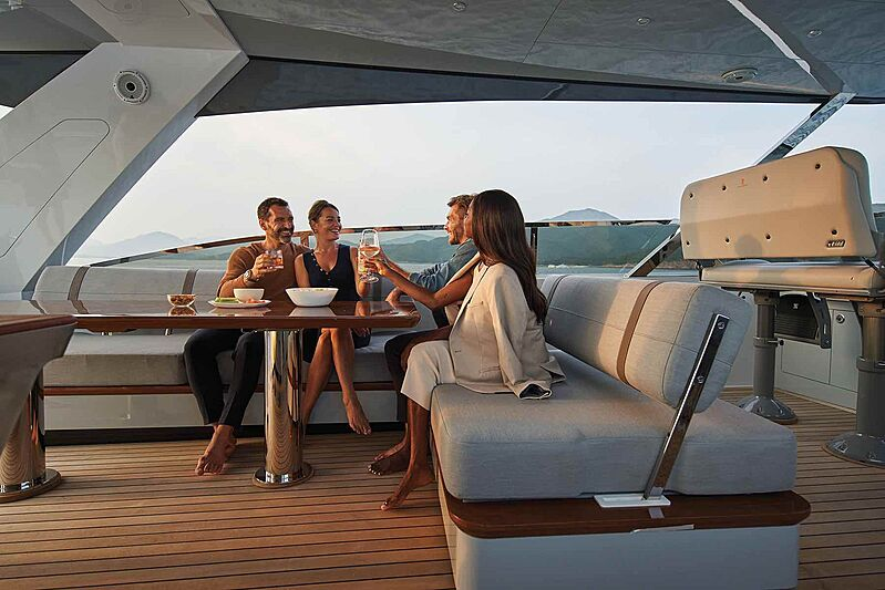 Cheoy Lee CLB88 yacht lifestyle