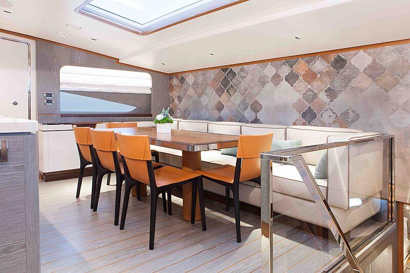 Wild Duck yacht dining