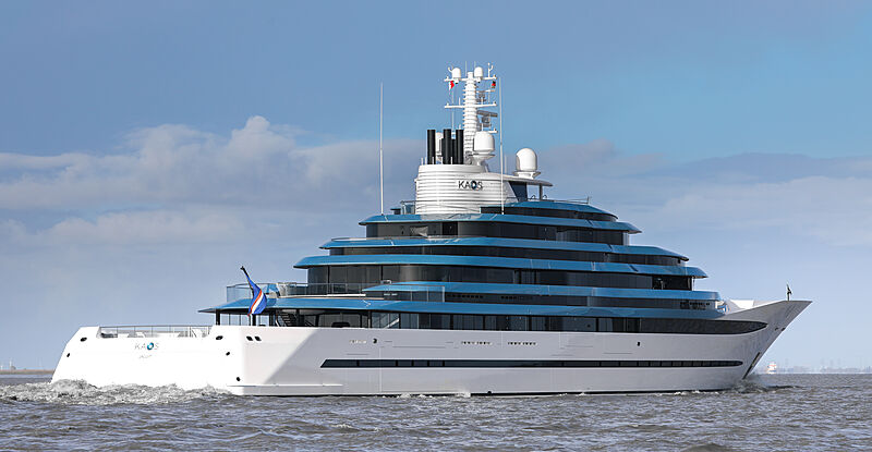 Kaos yacht by Oceanco on the River Elbe