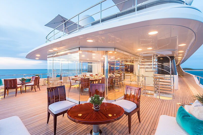 Double Down yacht aft deck