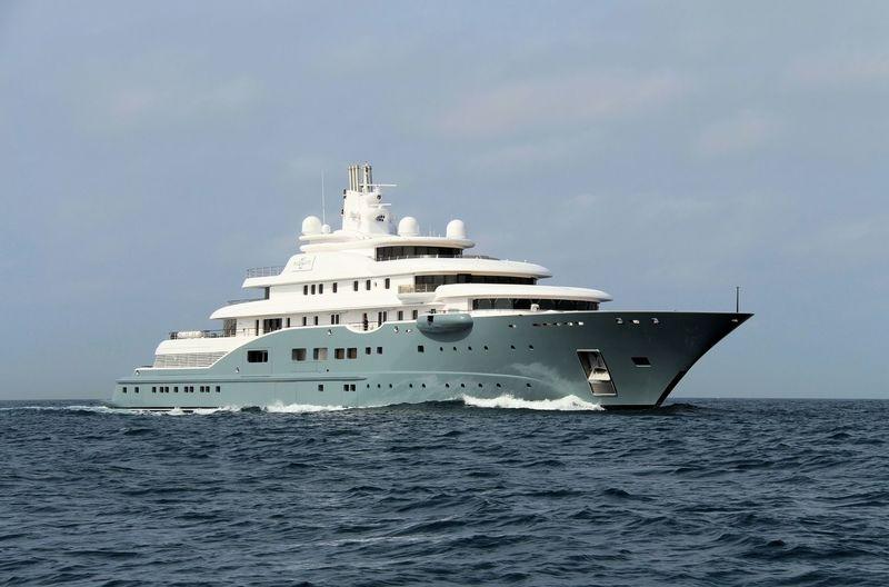 RADIANT yacht Lürssen
