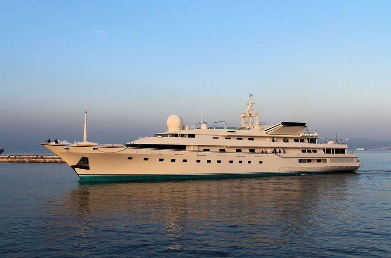 KINGDOM 5KR yacht Benetti
