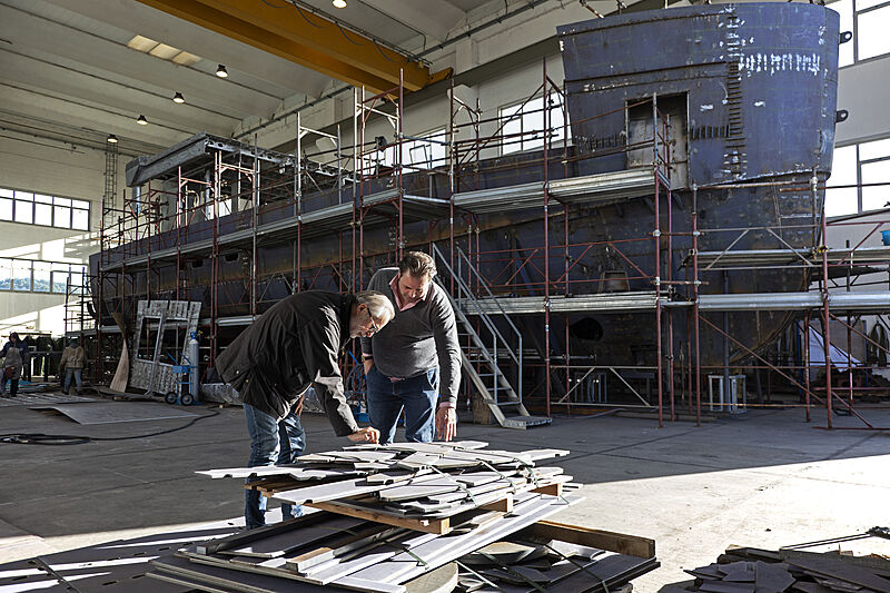 Reale Pacifico 32/01 yacht under construction