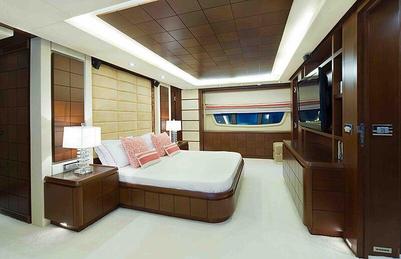 Koukles yacht stateroom