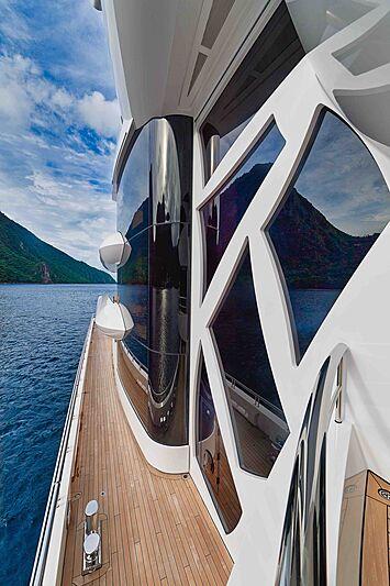 Artefact yacht exterior detail