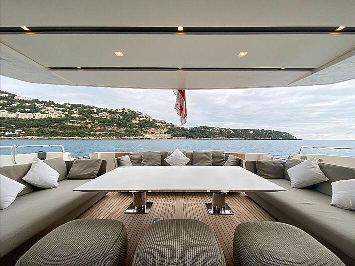 Haiia yacht aft deck