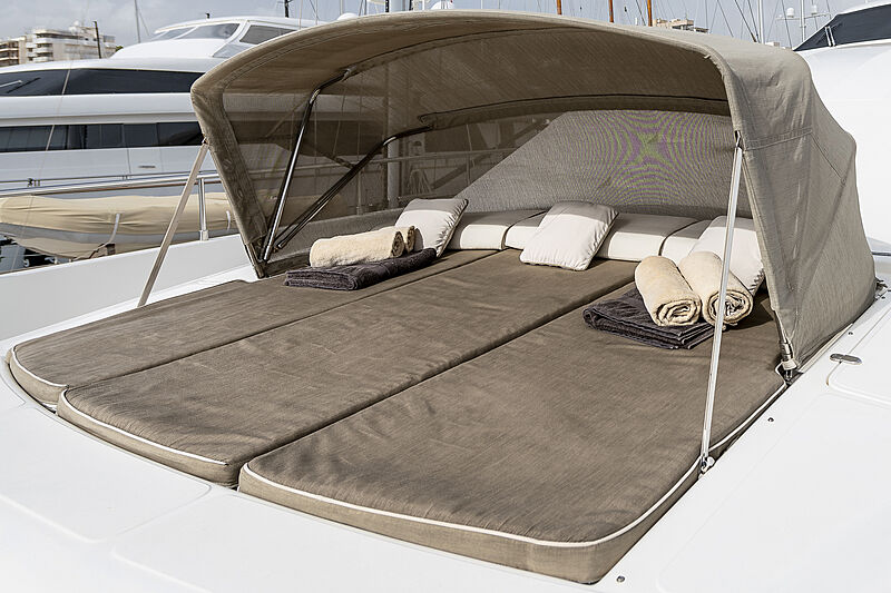 Setai yacht foredeck