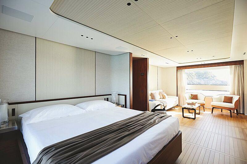 Rebeca yacht stateroom