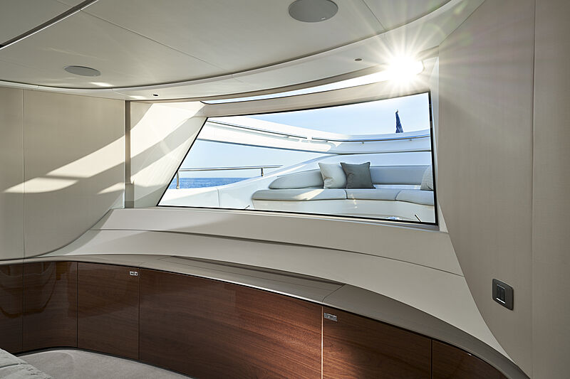 Princess X95/02 yacht master stateroom