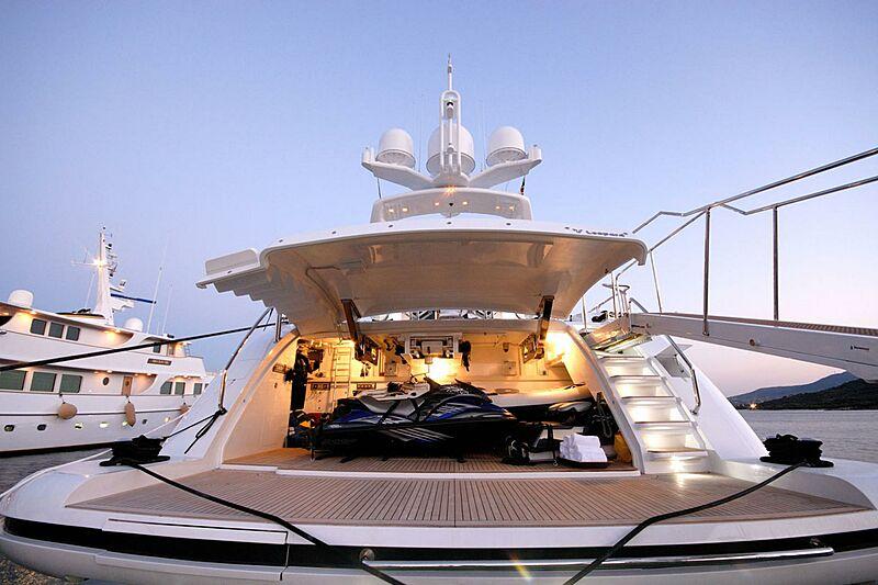 Pure One yacht garage