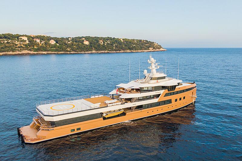 La Datcha yacht in Monaco