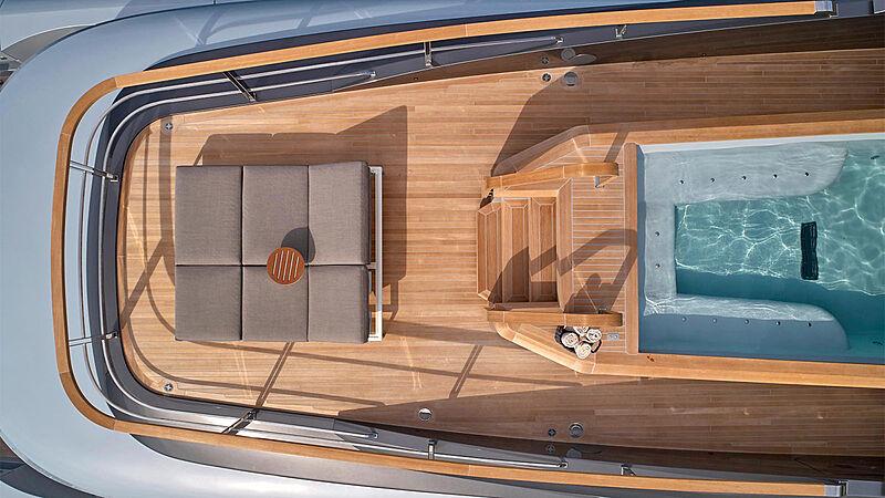Geco yacht deck