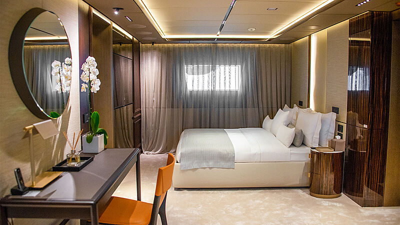 Geco yacht stateroom
