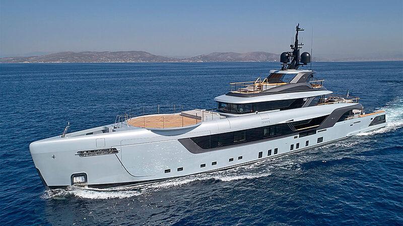 Geco yacht cruising