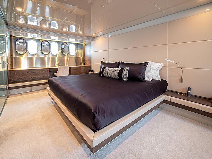 M yacht interior