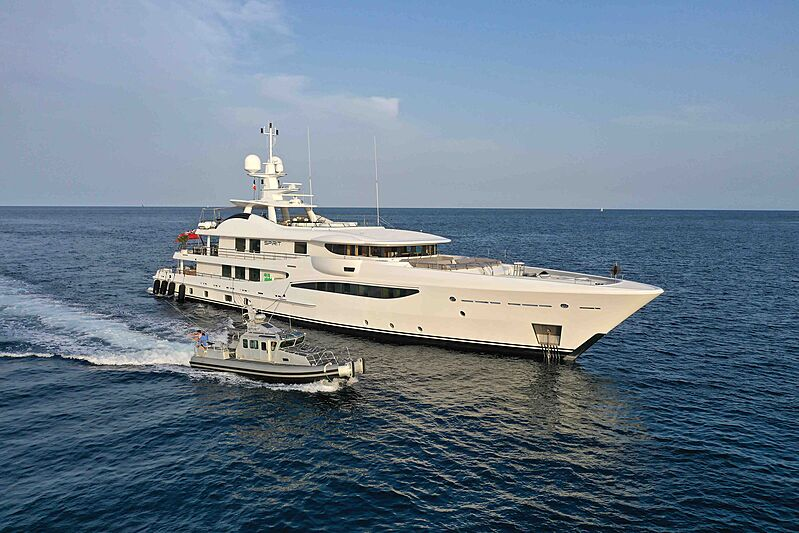 Spirit yacht anchored