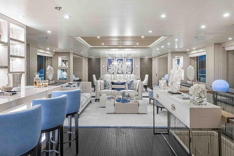 Spirit yacht saloon