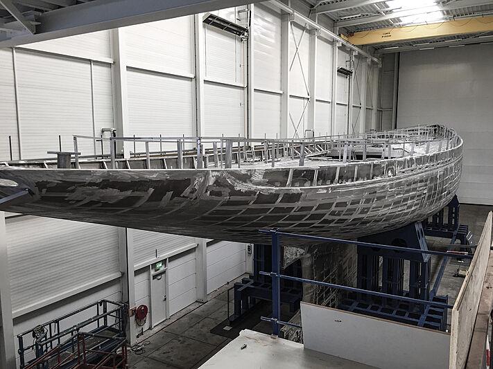 Rainbow II yacht in-build