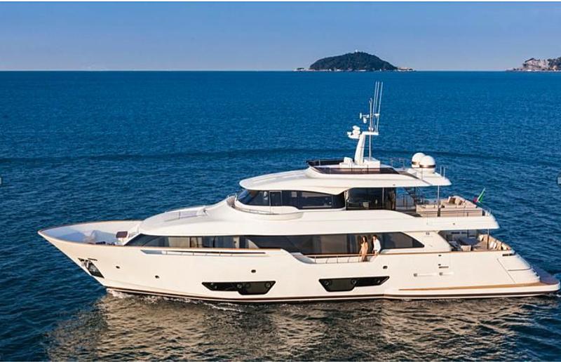 Palgremat yacht cruising