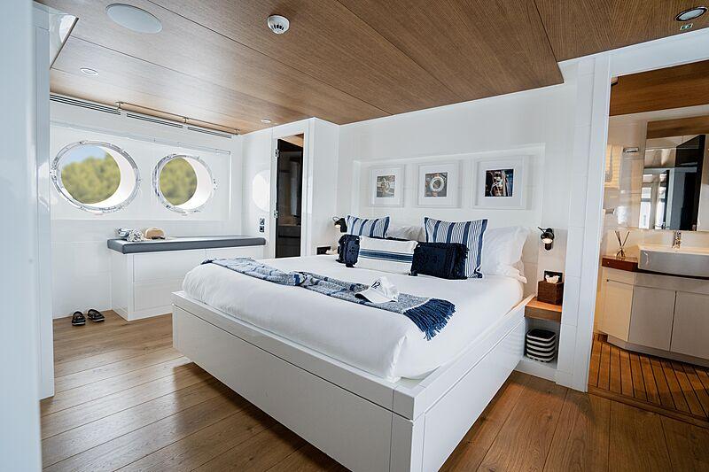 Preference 19 yacht stateroom