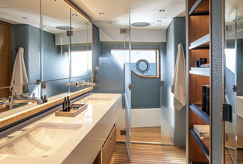 Custom Line Navetta 30 hull 01 yacht bathroom