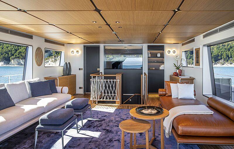 Custom Line Navetta 30 hull 01 yacht saloon