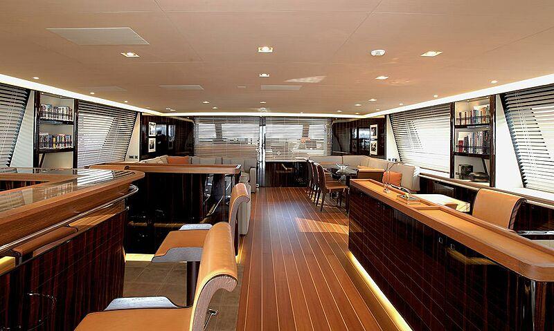 Clan VIII yacht saloon