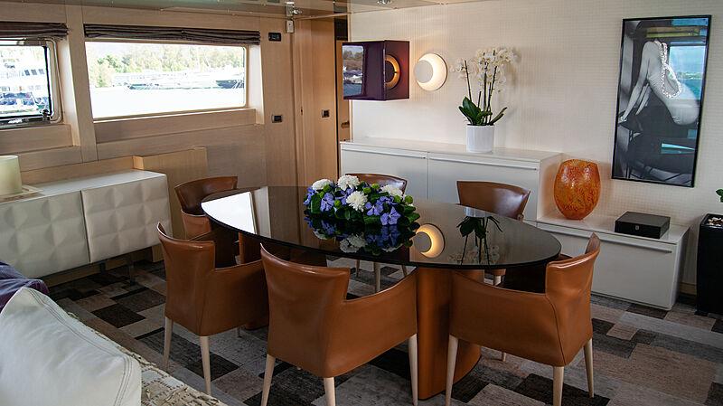 Maraya yacht dining