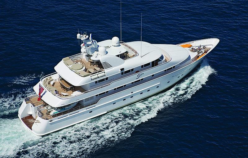 Solaia yacht aerial