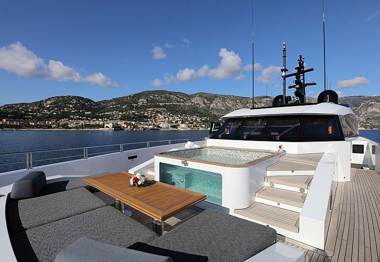 Katia yacht sun deck