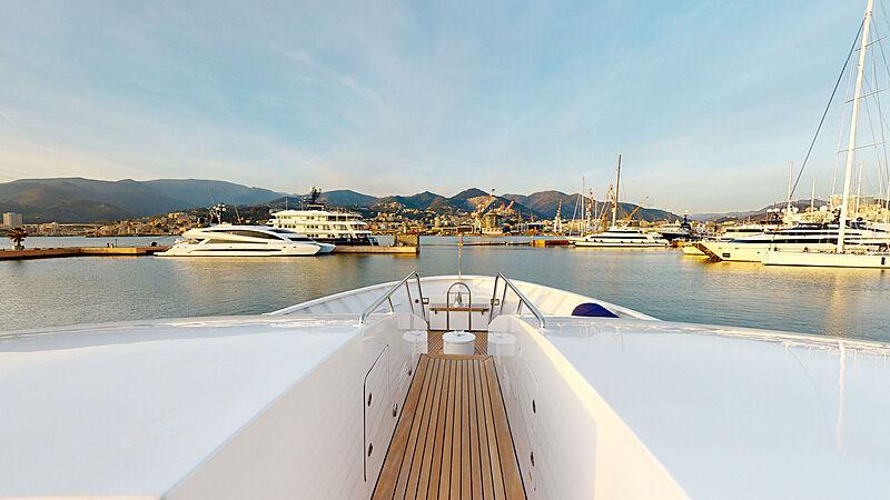 North Explorer yacht foredeck