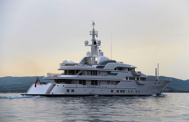 Hampshire II cruising off Gibraltar