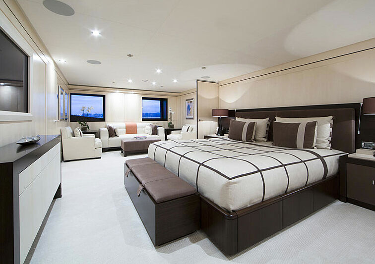 4You yacht stateroom
