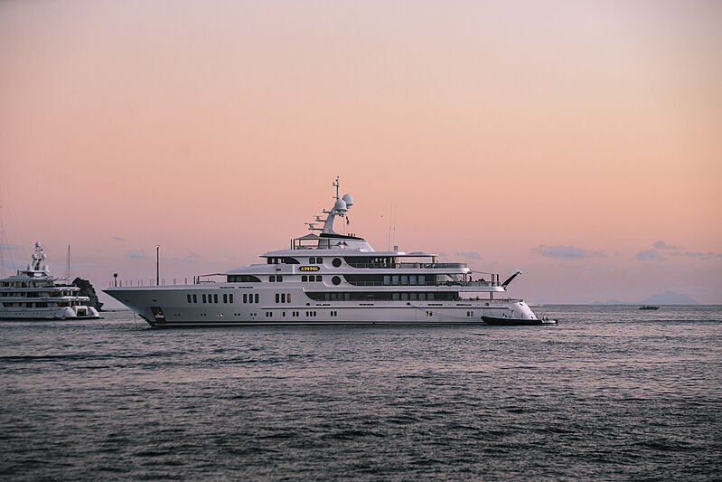 Aurora yacht in St Barths